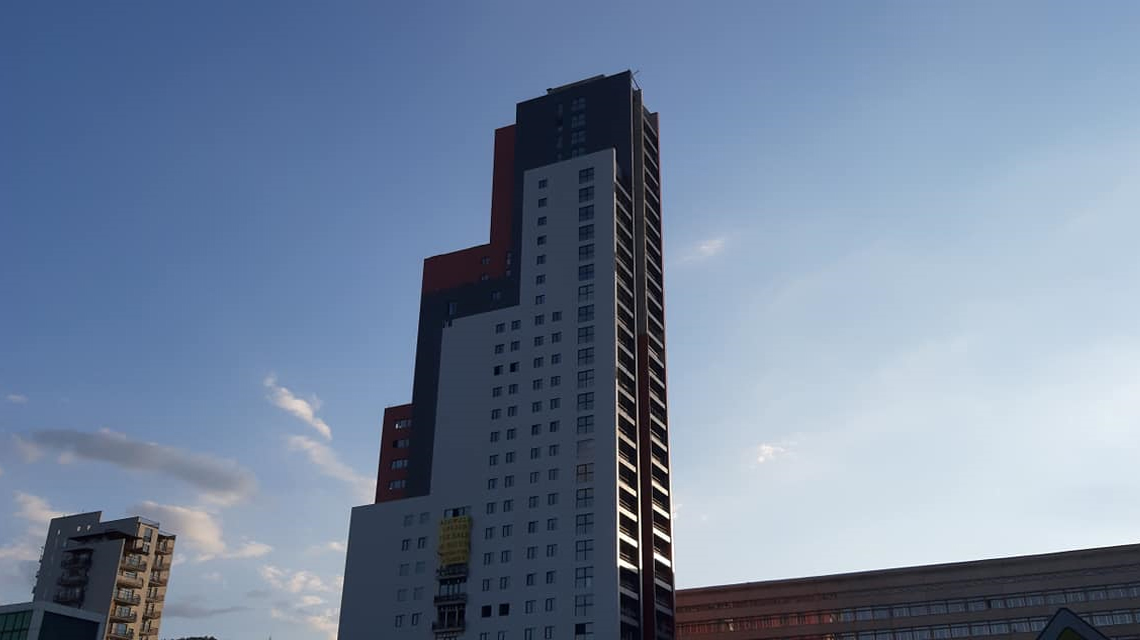 Facade of a multi-apartment house