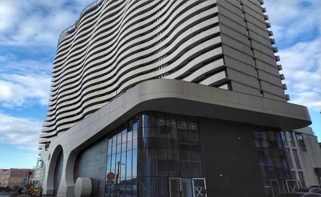 Facade of Hotel Orbi Spa building.